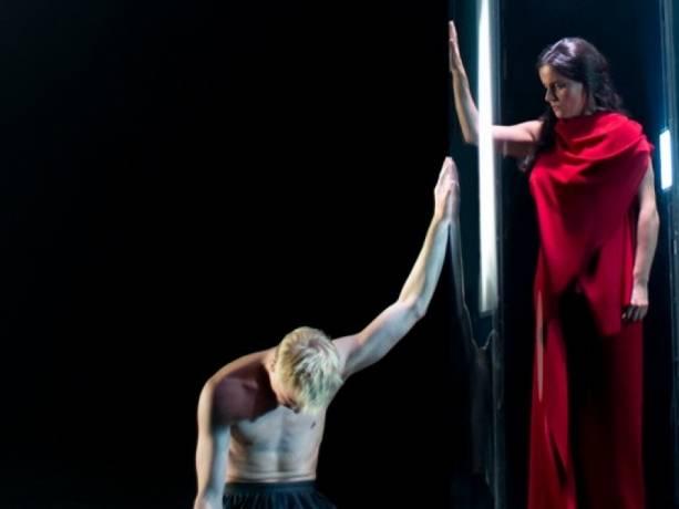 Nederlands Kamerkoor & Dance Company Nanine Linning